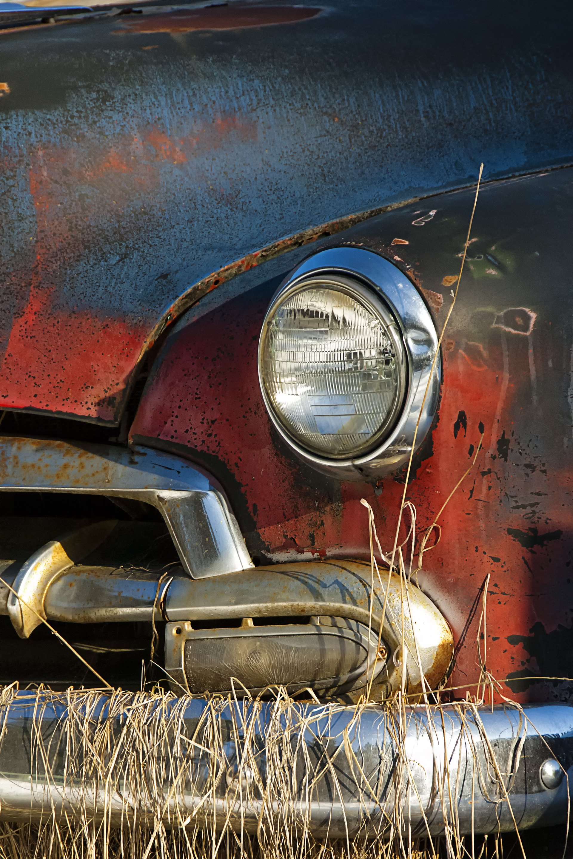 Photographing a yard of old cars | Enmanscamera\'s Blog - Kamloops