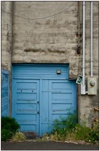blue door1