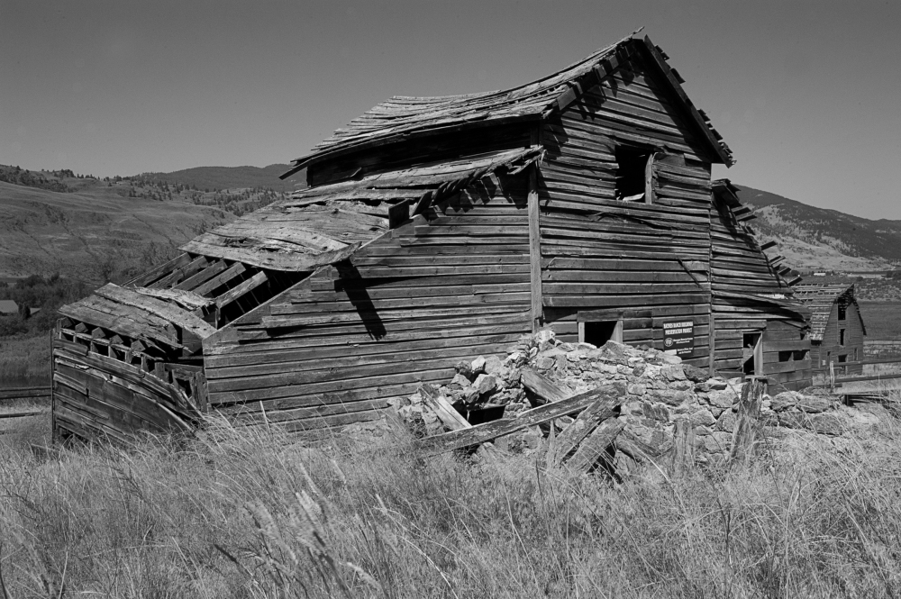 Photographing Old Buildings           (1/6)