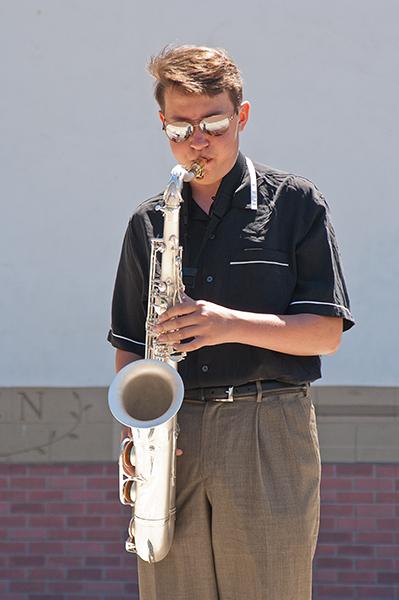 Sax player 1